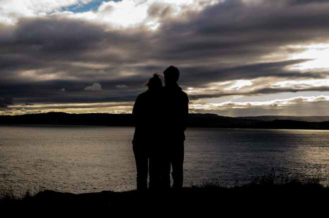 couple love romantic silhouette